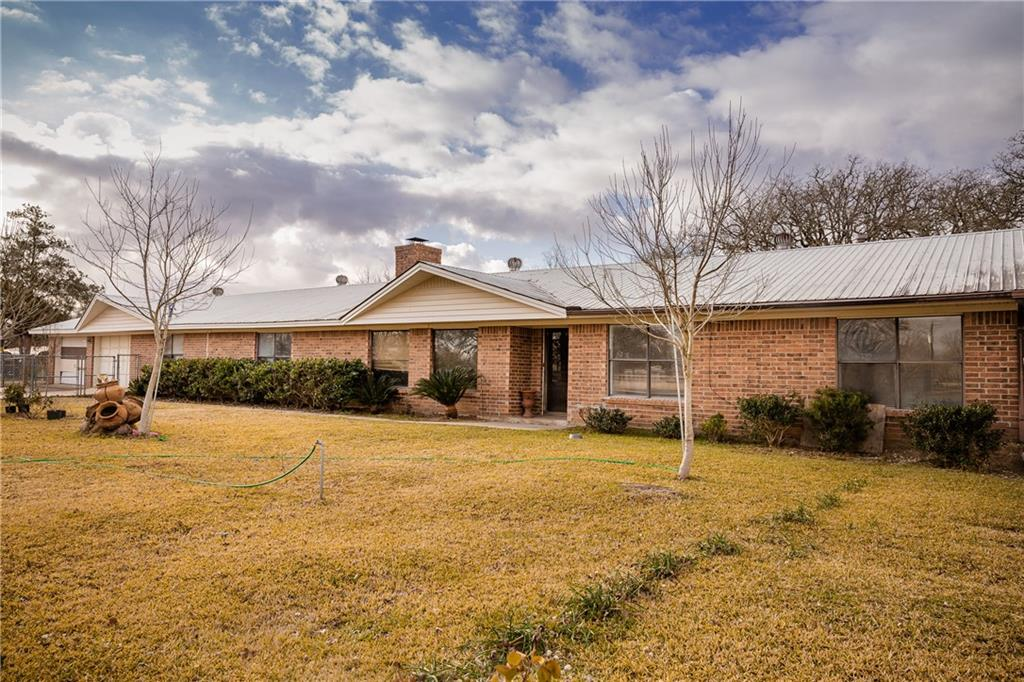 1049 Stephen F Austin BLVD Property Photo - Dime Box, TX real estate listing