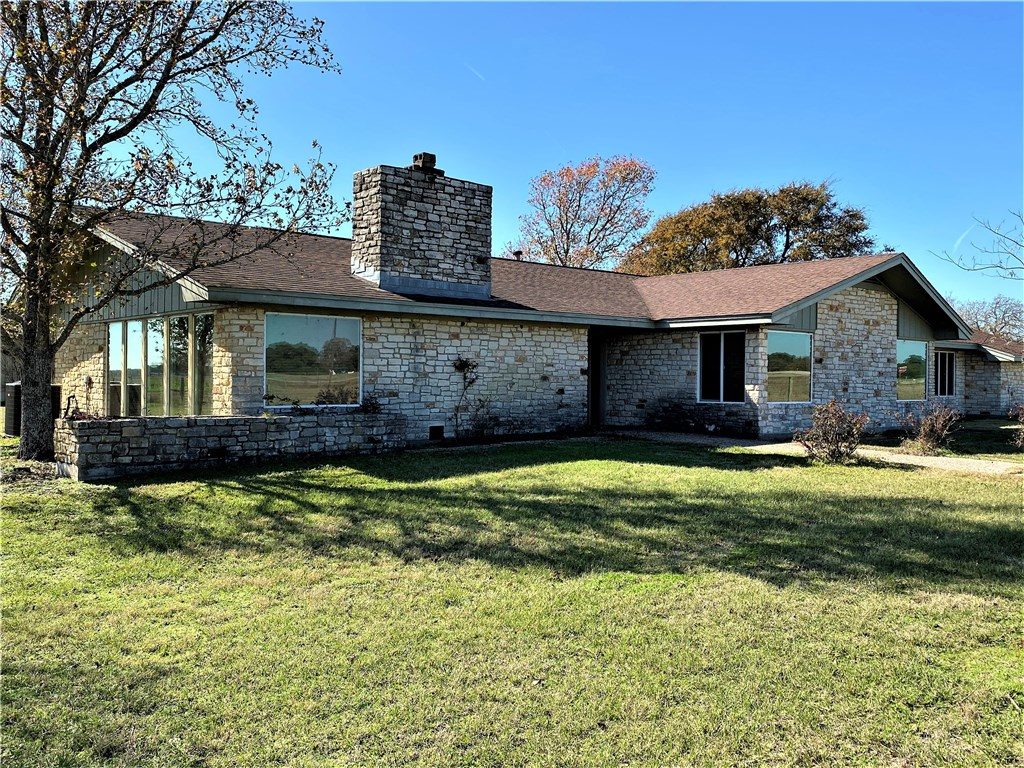 392 Blume LN, Ledbetter TX 78946 Property Photo - Ledbetter, TX real estate listing