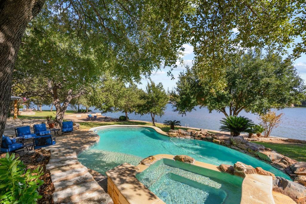 814 Sunrise LN Property Photo - Sunrise Beach, TX real estate listing