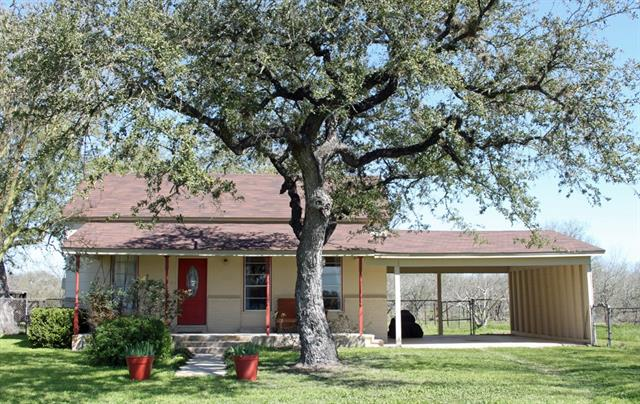 706 Clear Fork RD, Luling TX 78648 Property Photo - Luling, TX real estate listing