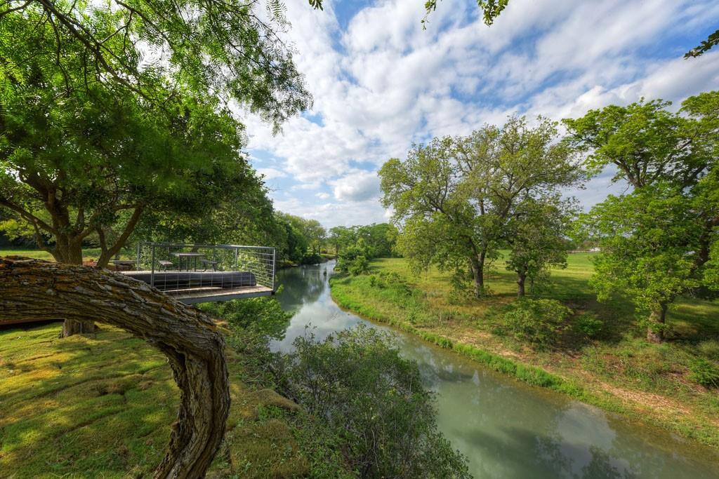 320 River Ranch Cir Property Photo 1