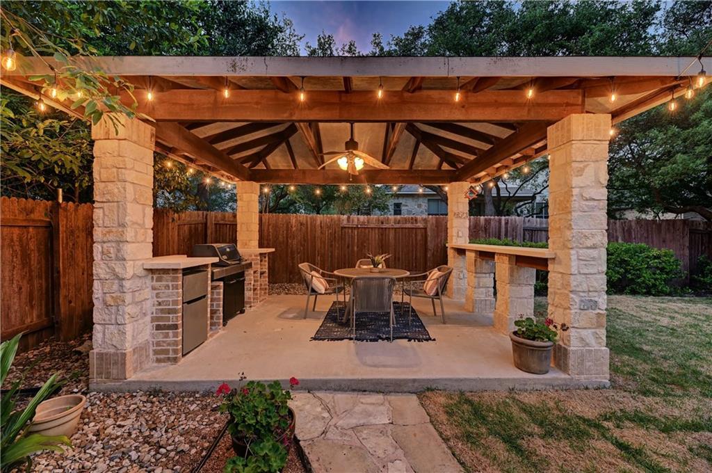 7504 Espina DR, Austin TX 78739 Property Photo - Austin, TX real estate listing