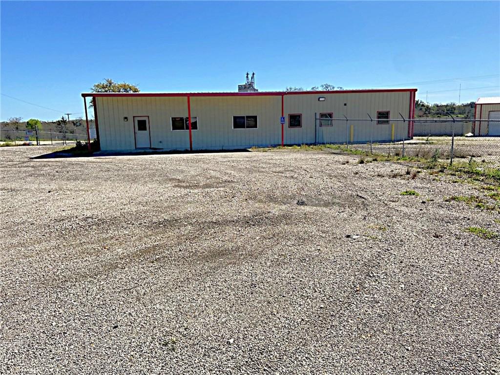 2350 N Hwy 77, Giddings TX 78942 Property Photo