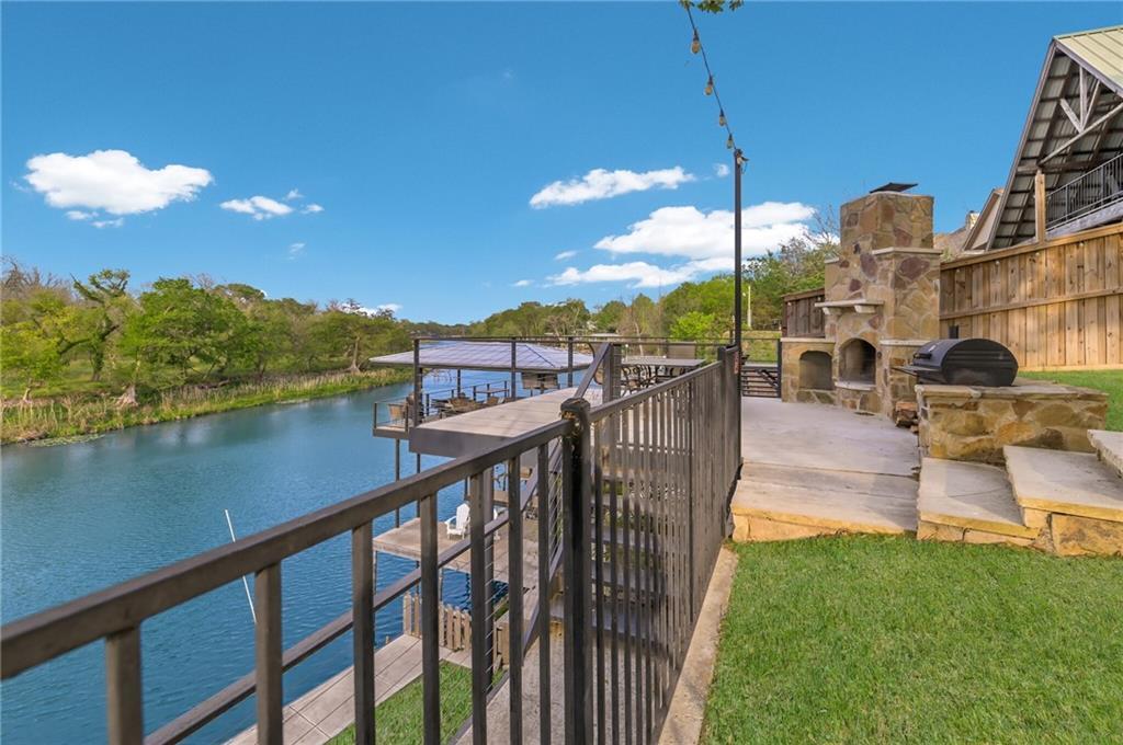 315 E Klein RD Property Photo - New Braunfels, TX real estate listing