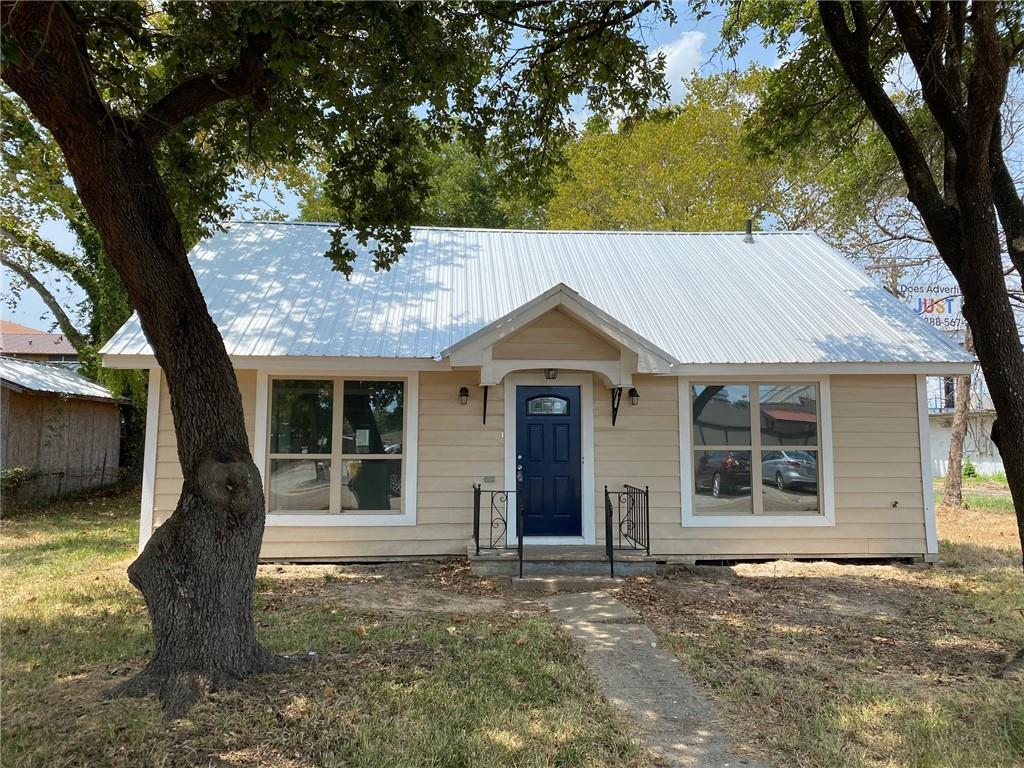 106 Evans ST Property Photo - Hearne, TX real estate listing