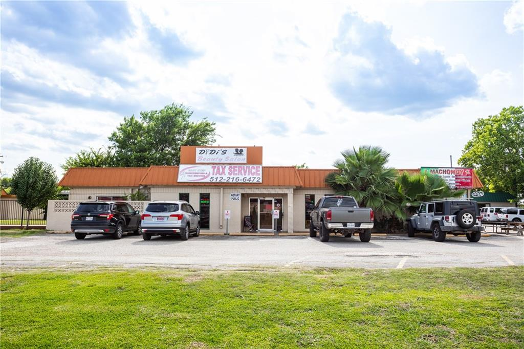 1122 N State Highway 123, San Marcos TX 78666 Property Photo