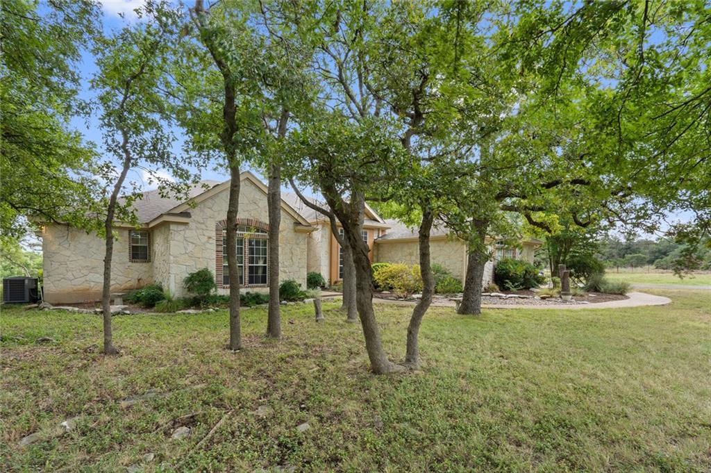 2812 Lost Oak CV Property Photo - Georgetown, TX real estate listing