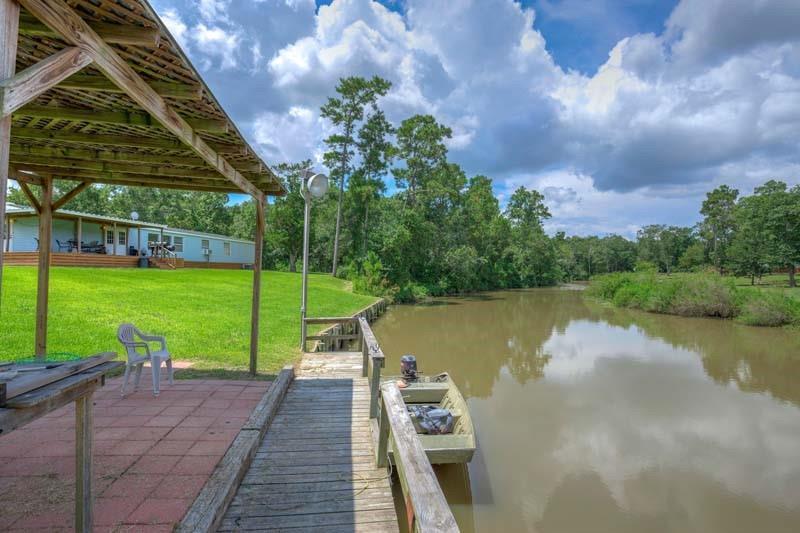 2042 Jobe Wilson RD Property Photo - Anahuac, TX real estate listing