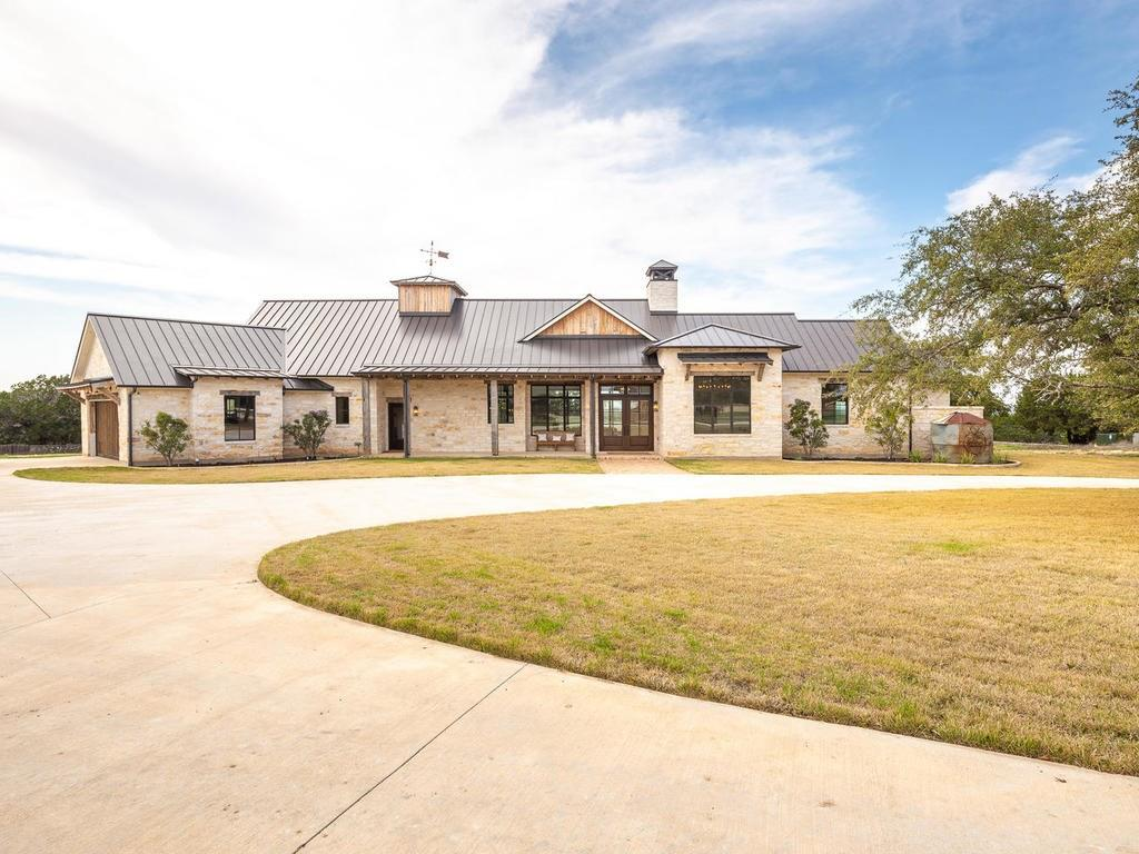 500 Greystone Rd Property Photo