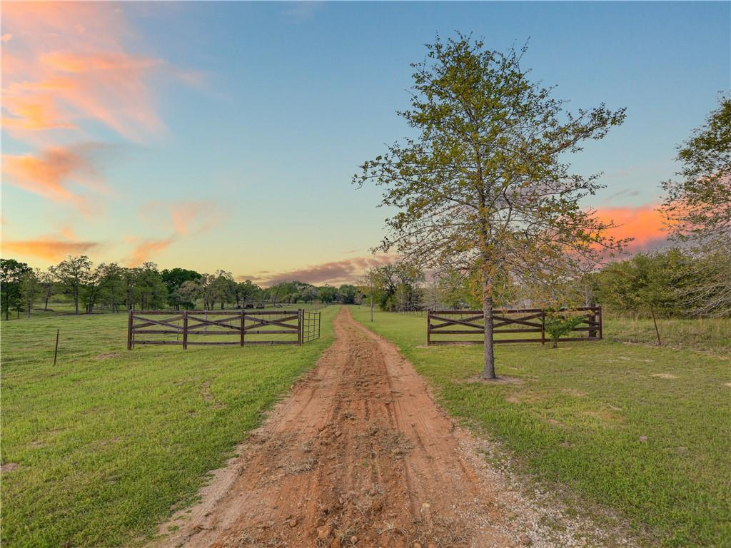 283 Cistern RD Property Photo - Rosanky, TX real estate listing