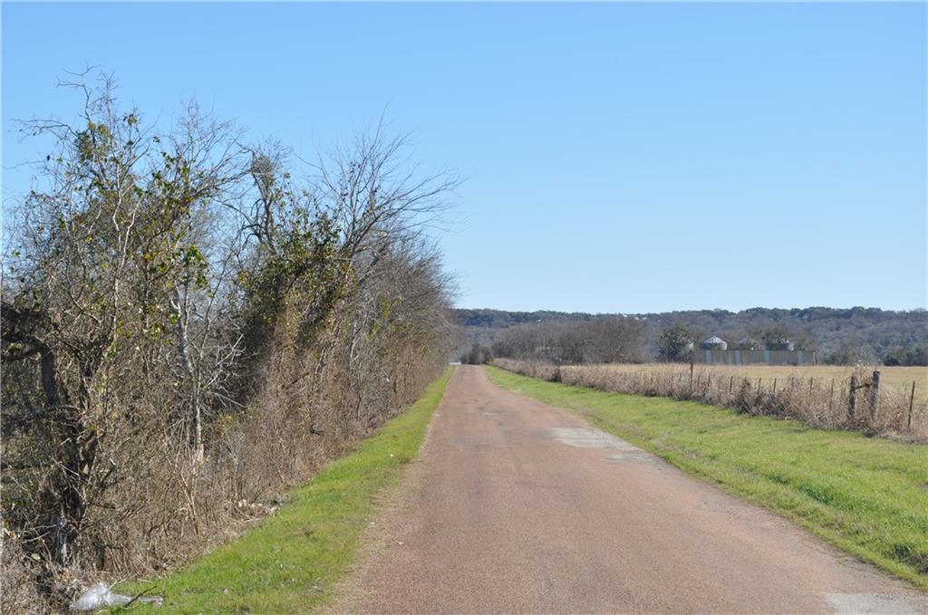2014 Bridge Valley RD, La Grange TX 78945 Property Photo - La Grange, TX real estate listing