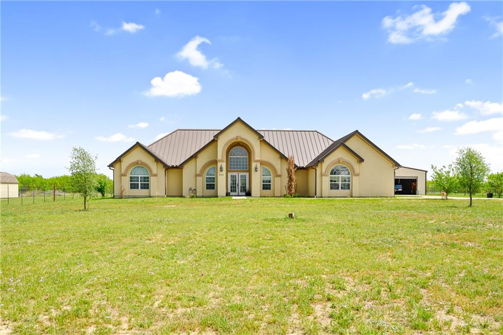 233 Callihan RD Property Photo - Lockhart, TX real estate listing