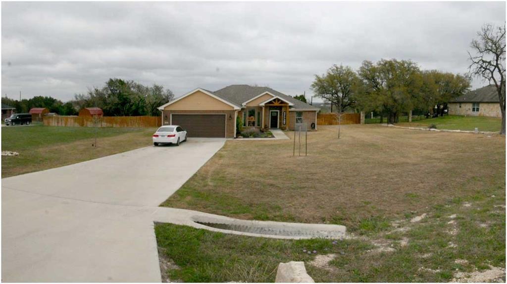 301 Sunrise Hills Property Photo - Lampasas, TX real estate listing