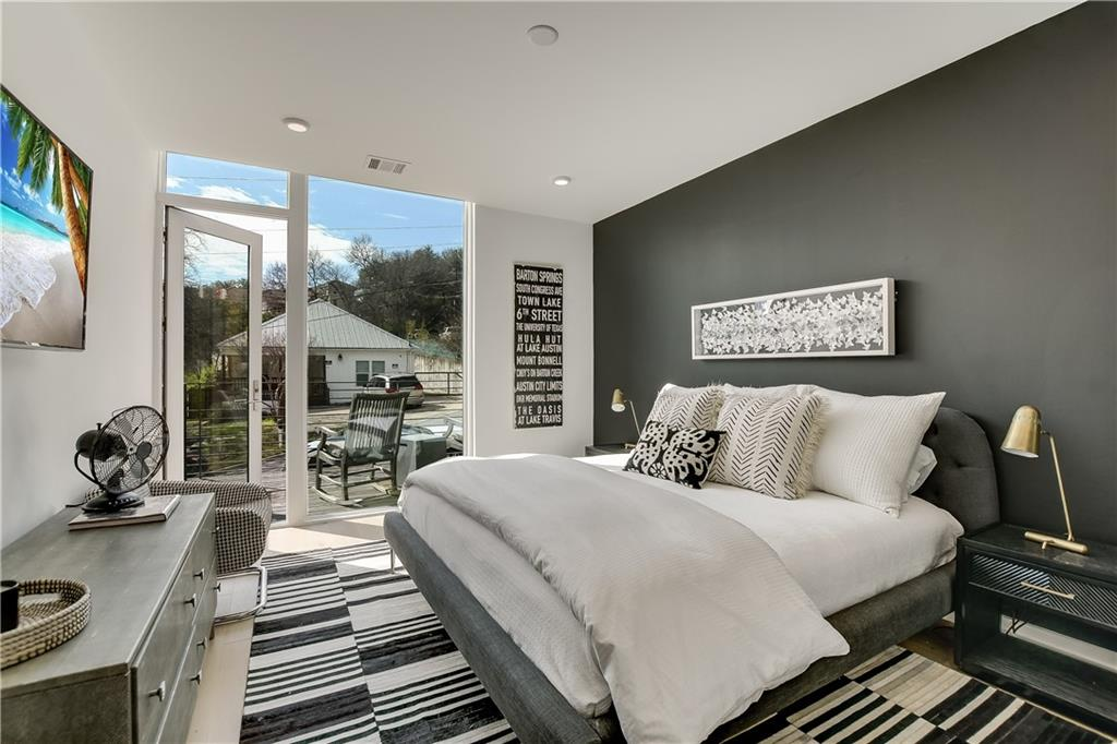 1010 W 10th ST # 104 Property Photo - Austin, TX real estate listing