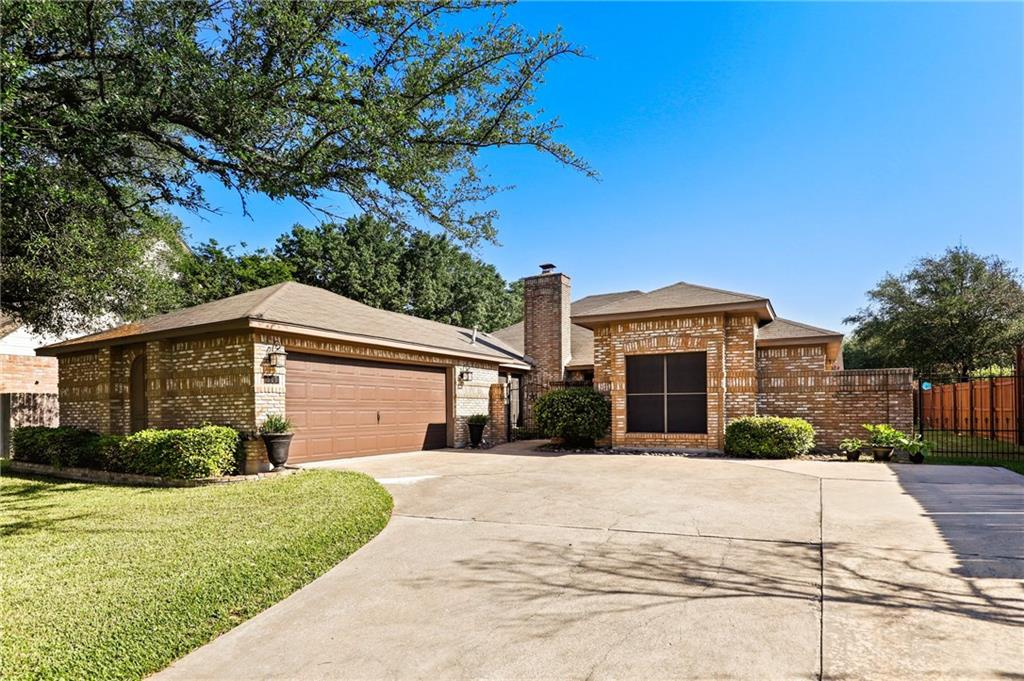 300 Oak Ridge DR, Pflugerville TX 78660 Property Photo - Pflugerville, TX real estate listing