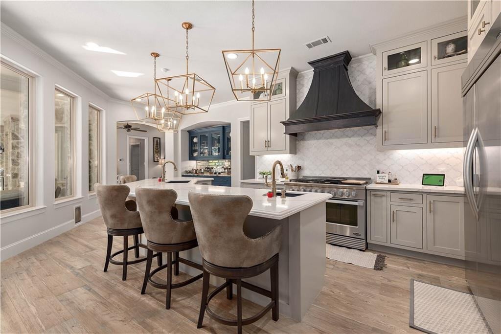 5200 Sycamore Hills Court Property Photo - College Station, TX real estate listing