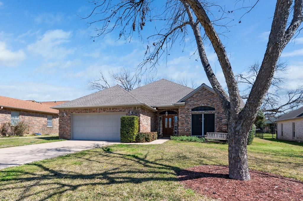 334 Olympia Fields ST, Meadowlakes TX 78654, Meadowlakes, TX 78654 - Meadowlakes, TX real estate listing