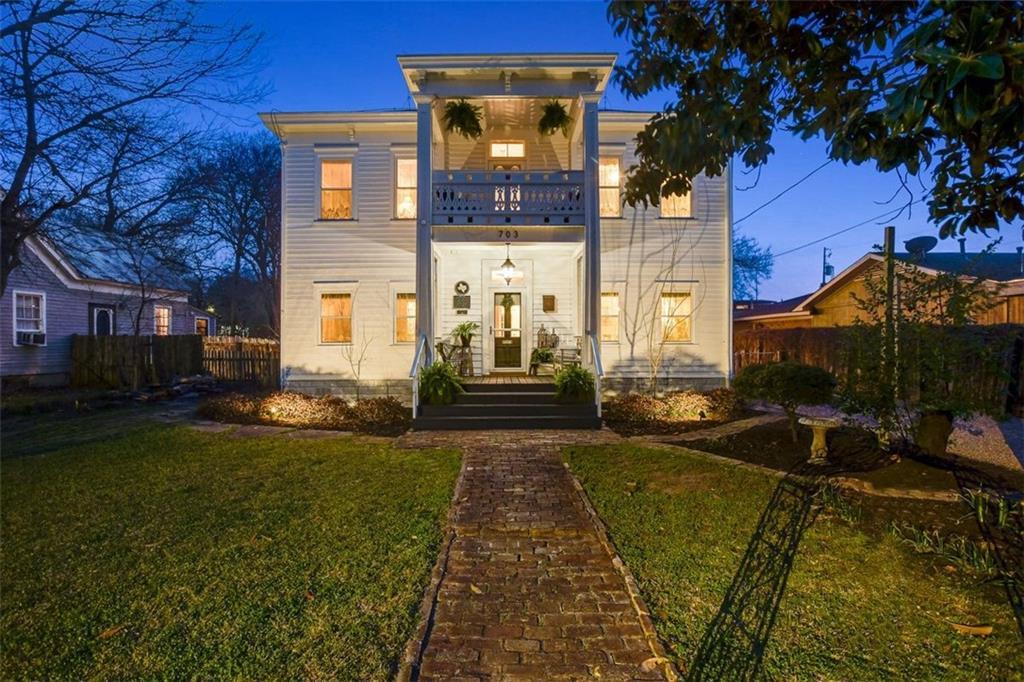 703 Farm ST Property Photo - Bastrop, TX real estate listing