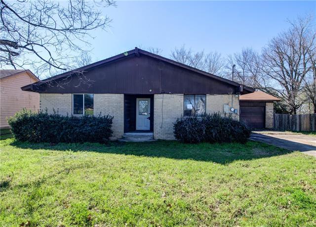 320 M L K DR, Elgin TX 78621 Property Photo - Elgin, TX real estate listing