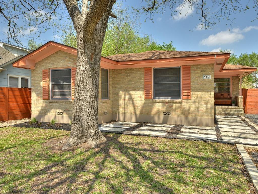 910 E 37th ST Property Photo - Austin, TX real estate listing