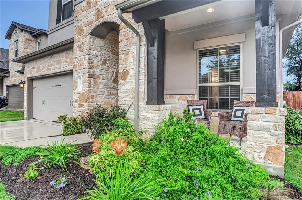 11817 Quintana CV, Austin TX 78739 Property Photo - Austin, TX real estate listing