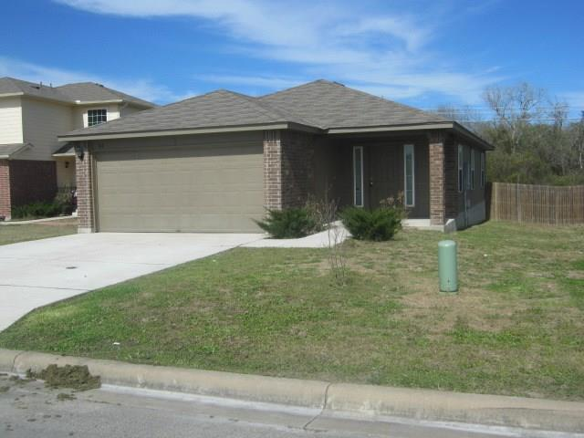 188 Falcon Dr, Luling Tx 78648 Property Photo 1
