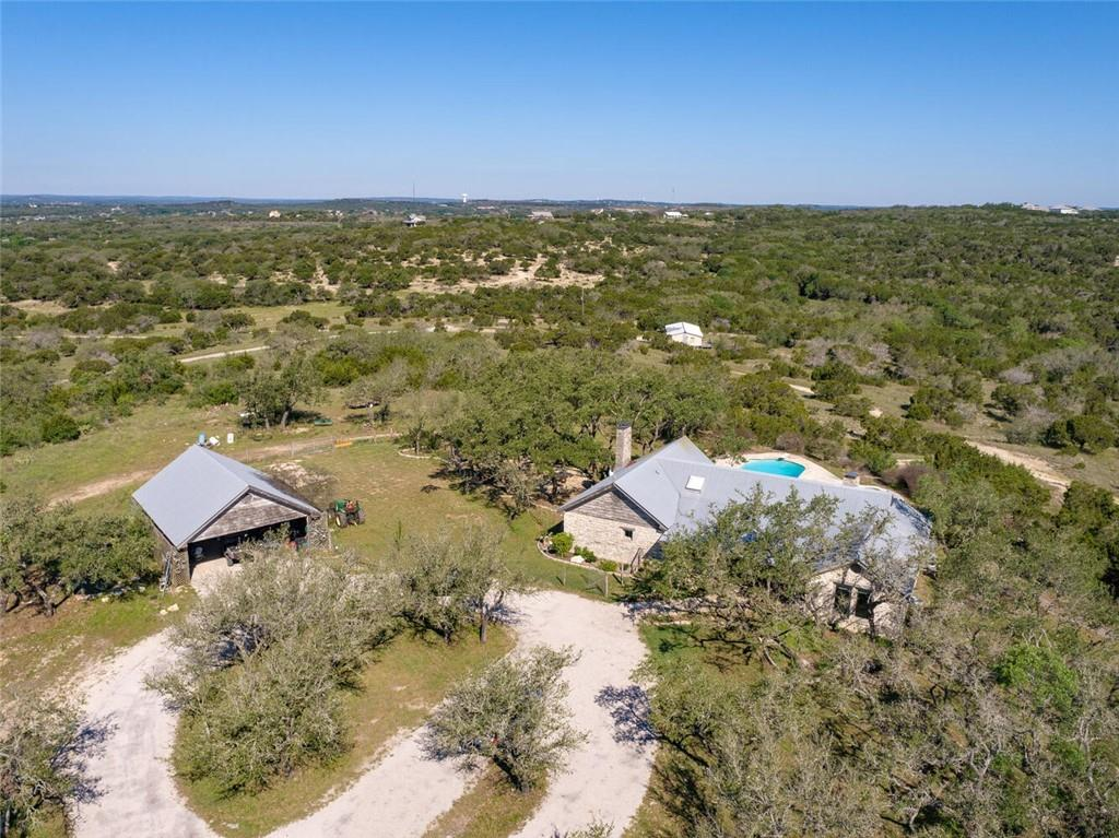 1111 Hays Country Acres Rd Property Photo
