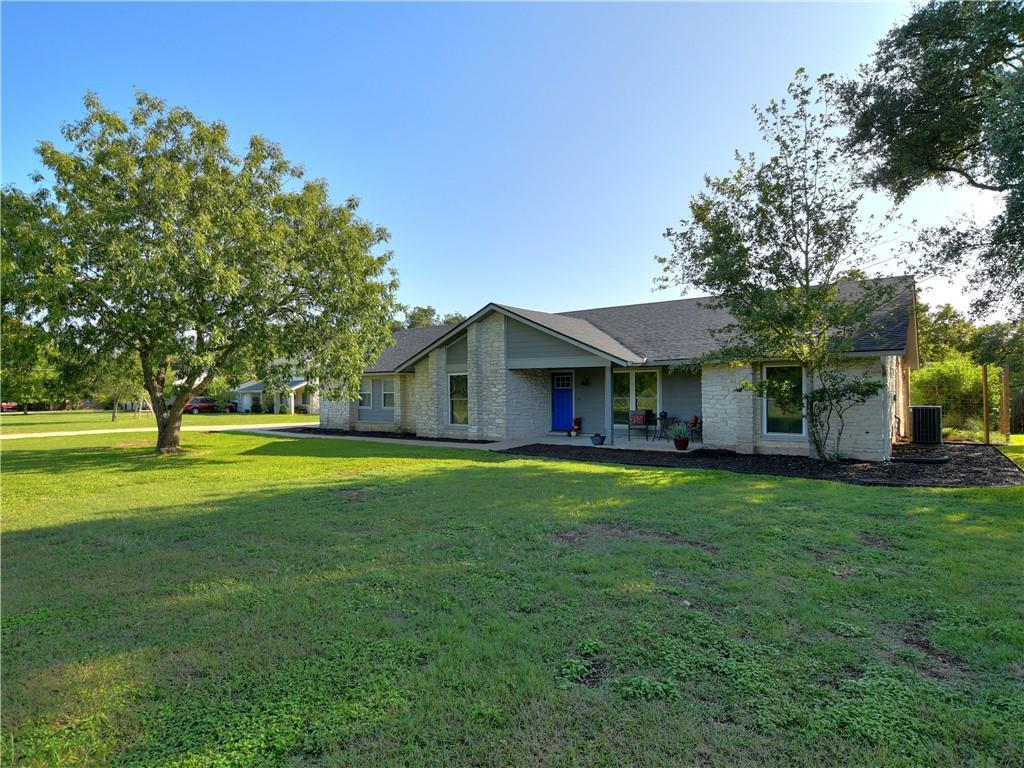 2206 Live Oak Cir Property Photo