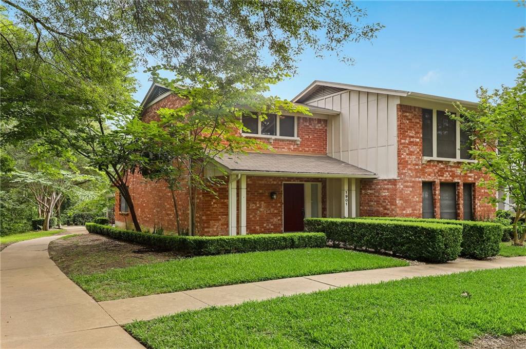 1901 Browning DR, Austin TX 78752 Property Photo - Austin, TX real estate listing