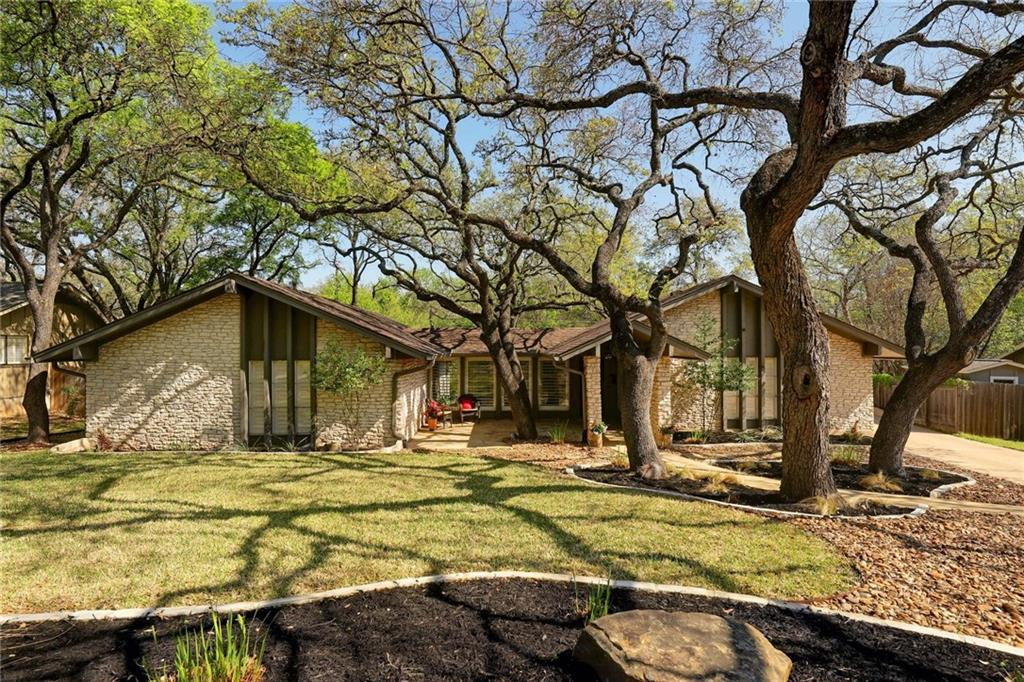 7306 Running Rope Property Photo - Austin, TX real estate listing