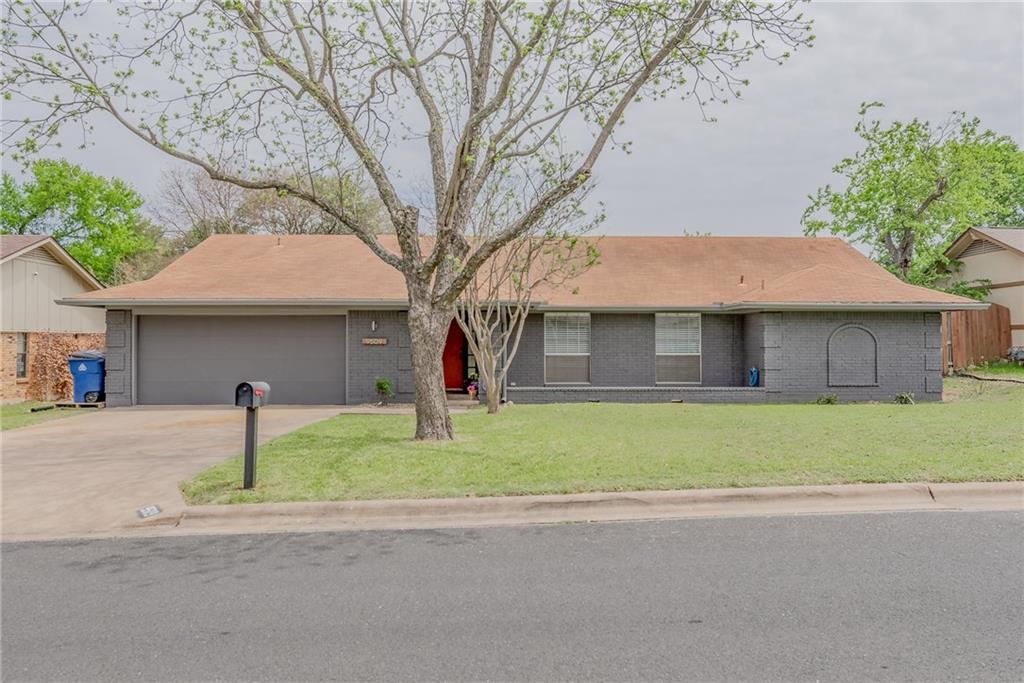 9509 Stonebridge DR Property Photo - Austin, TX real estate listing