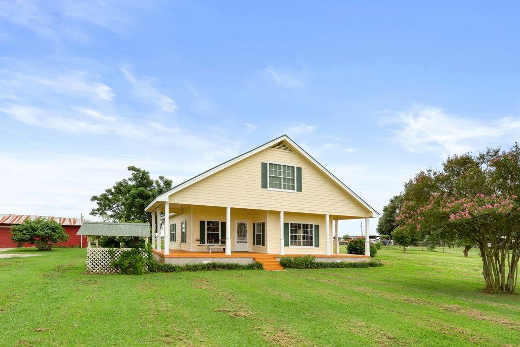 1165 Red Town RD, Elgin TX 78621 Property Photo - Elgin, TX real estate listing