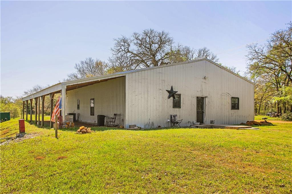 969 Private Road 7054 Property Photo - Gause, TX real estate listing
