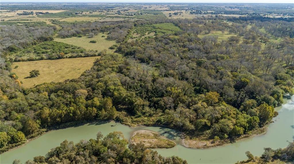 290 Frels RD Property Photo - Yoakum, TX real estate listing