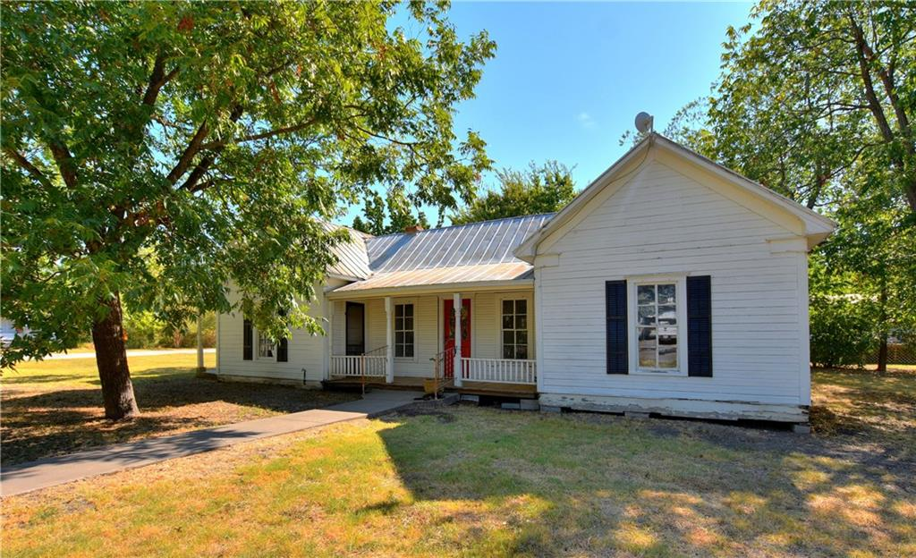 209 W Ash ST, Granger TX 76530 Property Photo - Granger, TX real estate listing