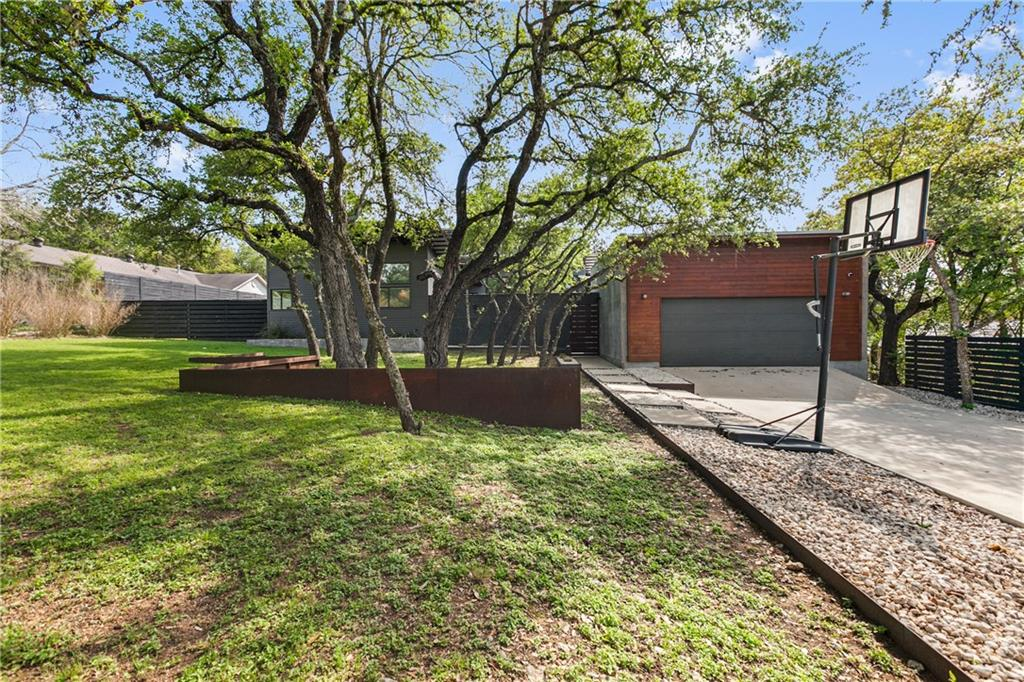 10109 DEVEREUX DR Property Photo - Austin, TX real estate listing
