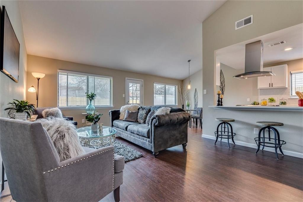 6201 Parliament DR Property Photo - Austin, TX real estate listing