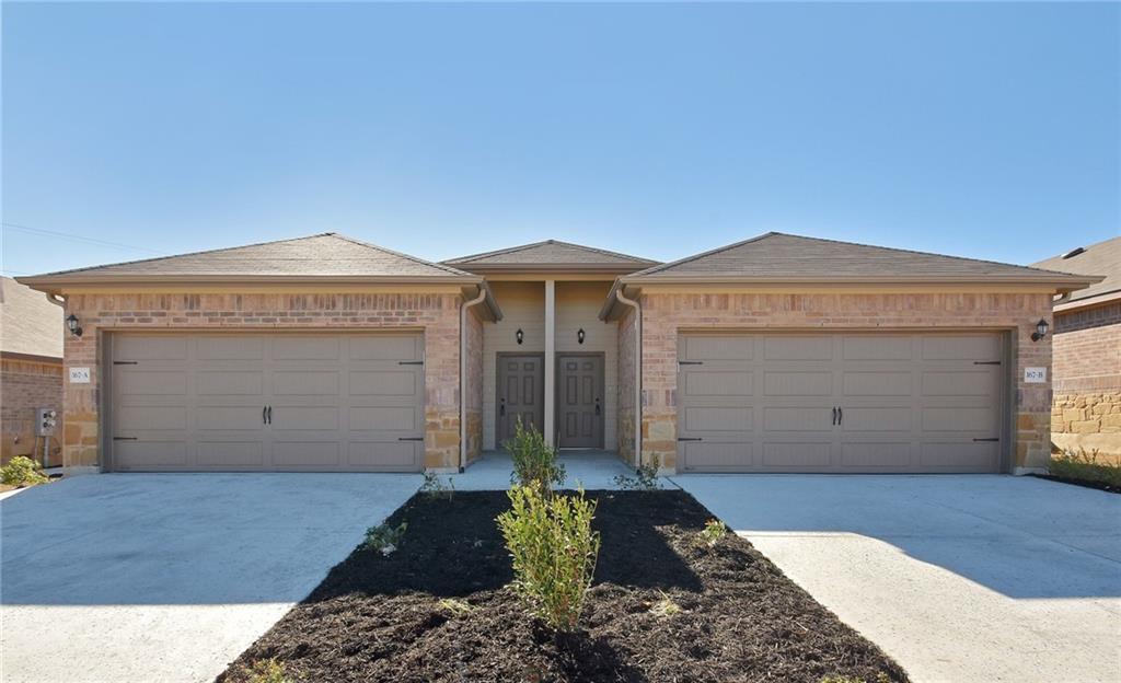 167 JOANNE LOOP Property Photo - Buda, TX real estate listing