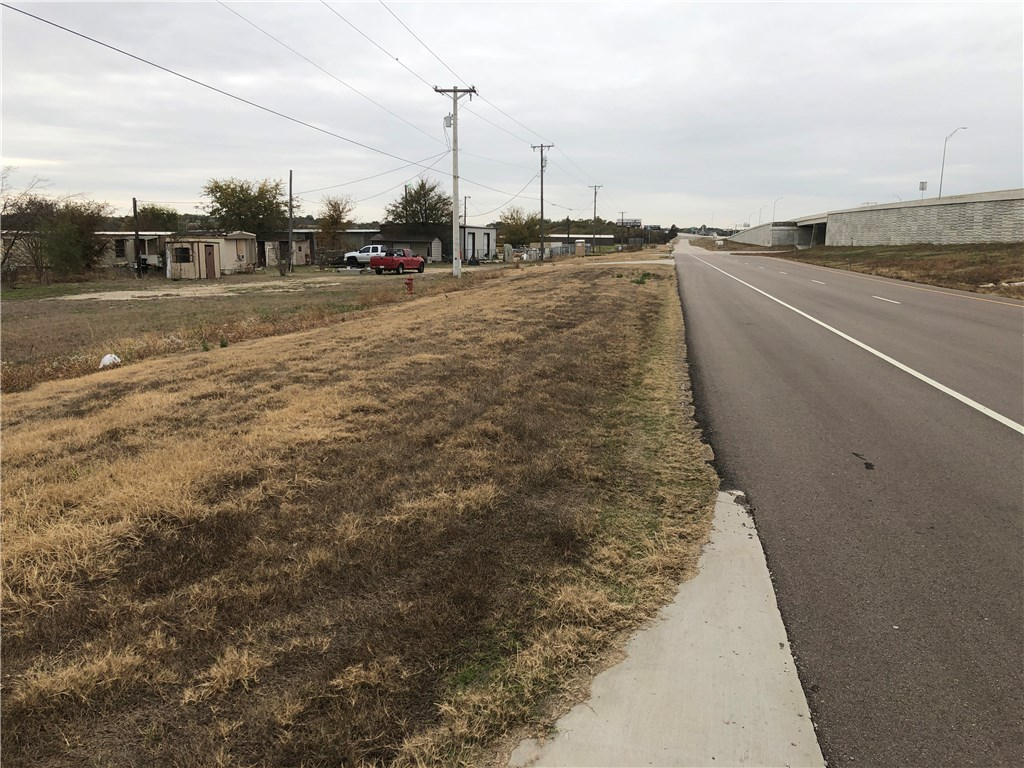 13495 N Interstate Hwy 35, Troy TX 76579 Property Photo
