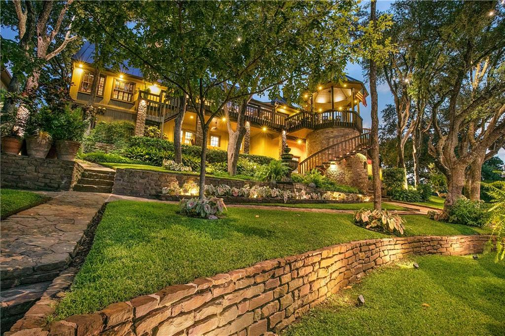 2707 Sunny Point DR Property Photo - Horseshoe Bay, TX real estate listing