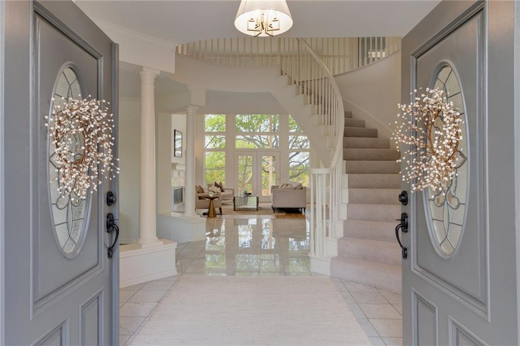 808 Crystal Mountain DR Property Photo - Austin, TX real estate listing