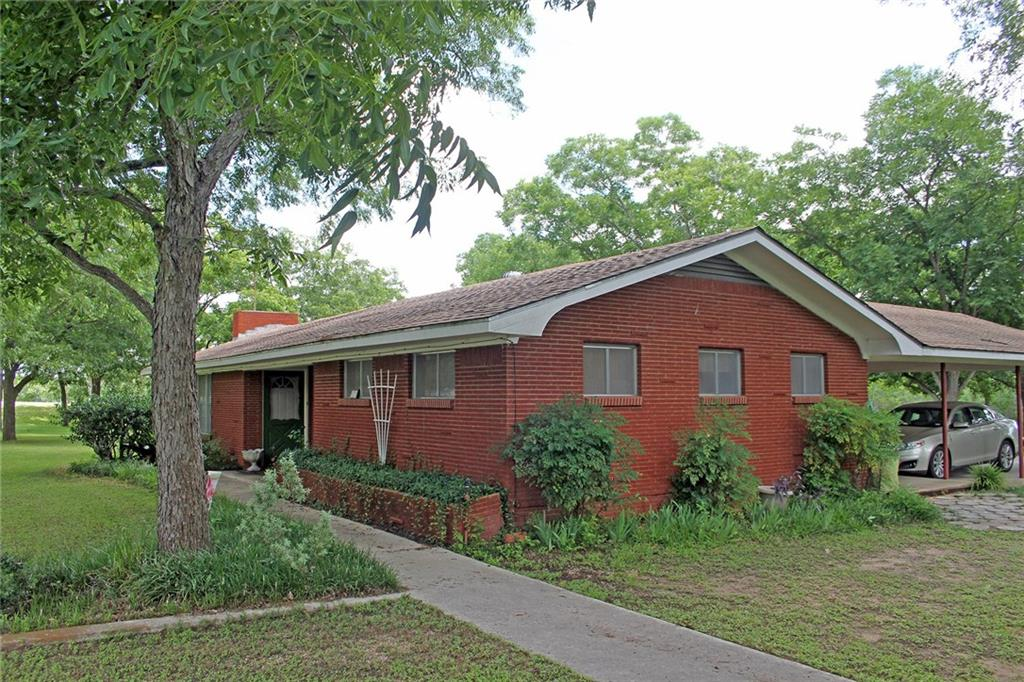 27 & 41 Yellowstone DR Property Photo - Luling, TX real estate listing