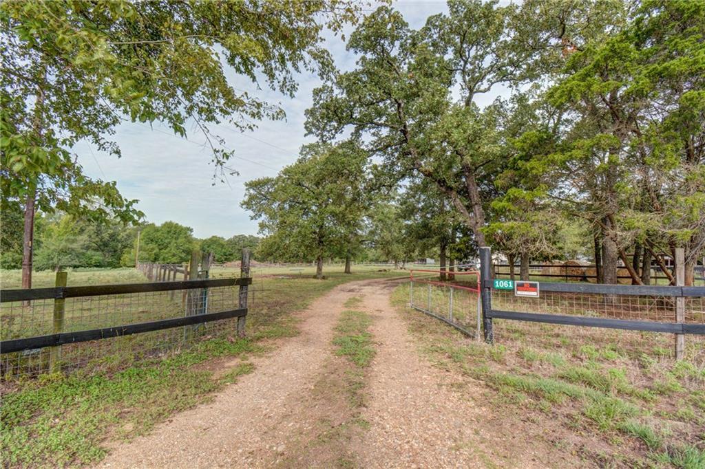 1061 W County Road F, Lexington TX 78947 Property Photo - Lexington, TX real estate listing
