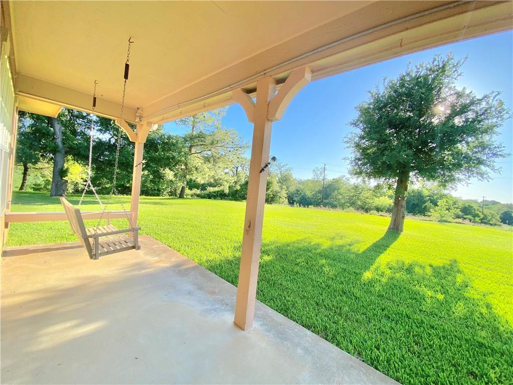 101 Meadowood DR Property Photo - Elgin, TX real estate listing
