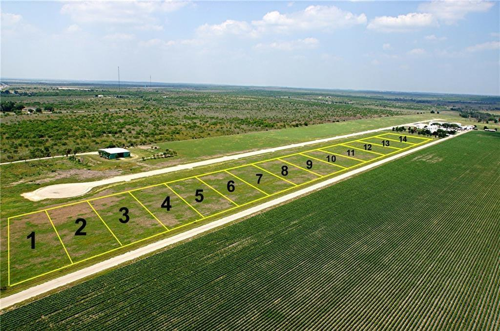 110 Airfield RD Property Photo - Fentress, TX real estate listing
