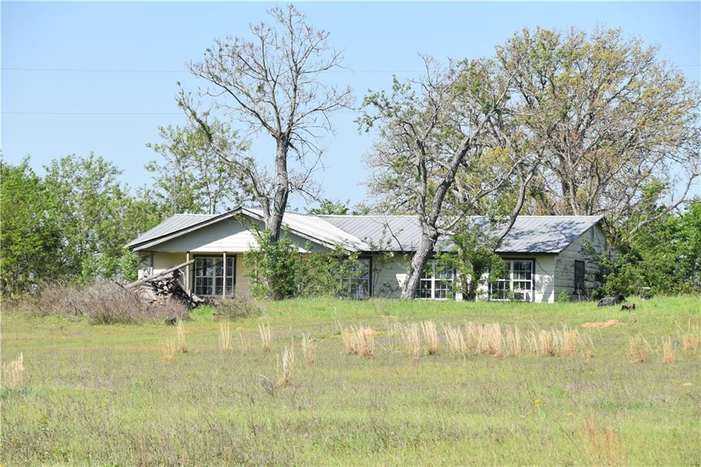 2620 County Road 329 Property Photo - Lincoln, TX real estate listing