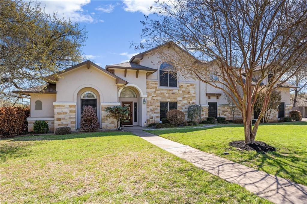 402 Lakeway DR Property Photo - Lakeway, TX real estate listing