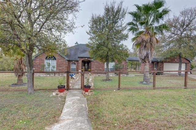 205 Lakeview DR, Del Valle TX 78617, Del Valle, TX 78617 - Del Valle, TX real estate listing
