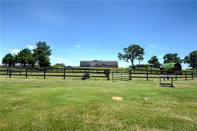 1506 County Road 113, Giddings TX 78942 Property Photo