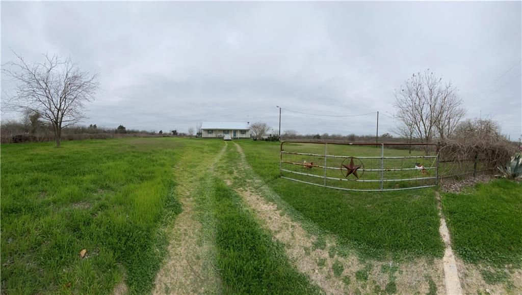 199 Sunset TRL, Luling TX 78648 Property Photo - Luling, TX real estate listing